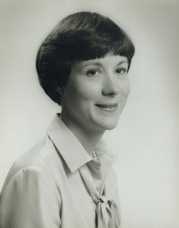 Mrs. Alan Lind Bain - New York Junior League