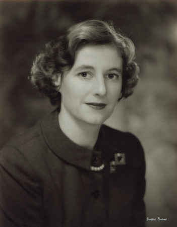 Mrs. Carl W.  Gram, Jr. - New York Junior League