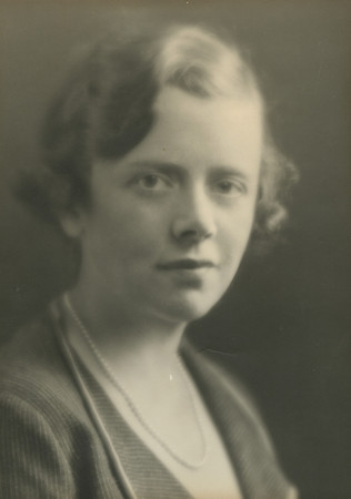 Mrs. John DeWitt Peltz - New York Junior League