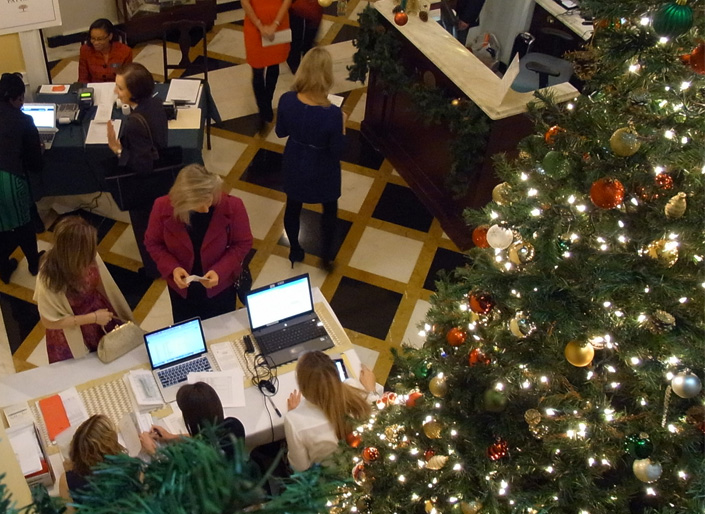 Golden Tree is a holiday success - New York Junior League