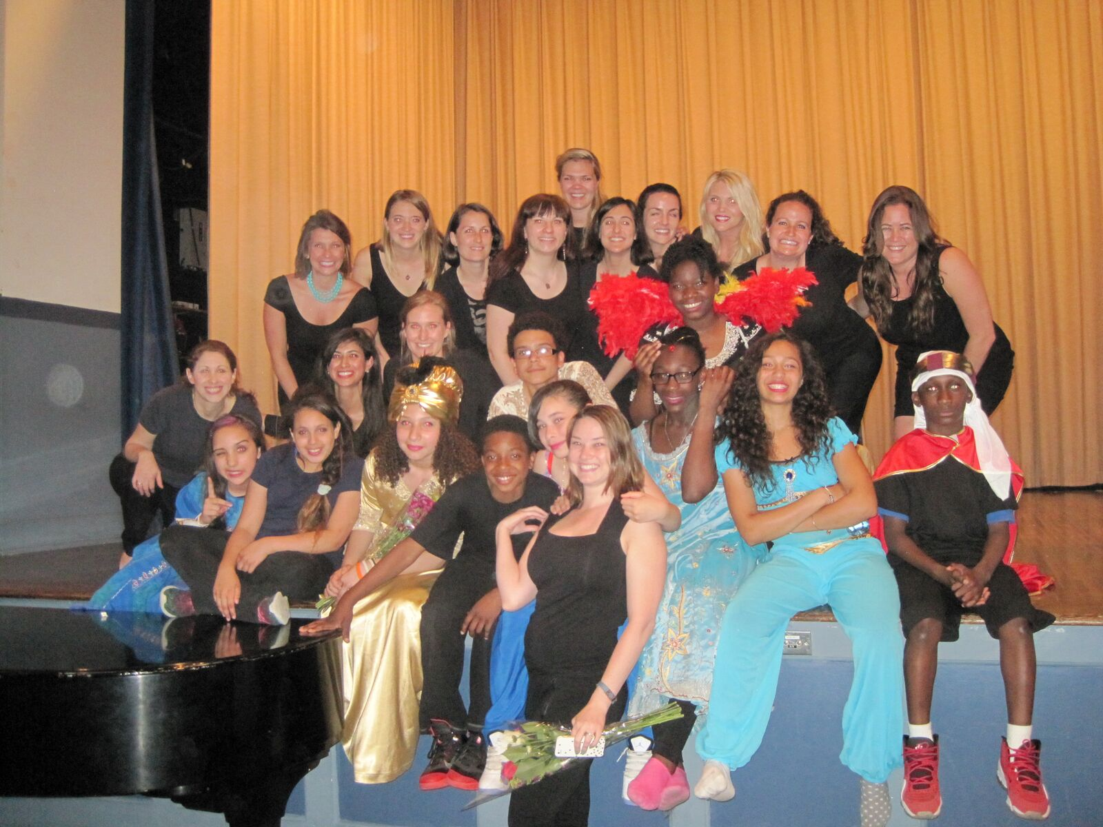 "A Whole New World"" with Stanley Isaacs - New York Junior League"